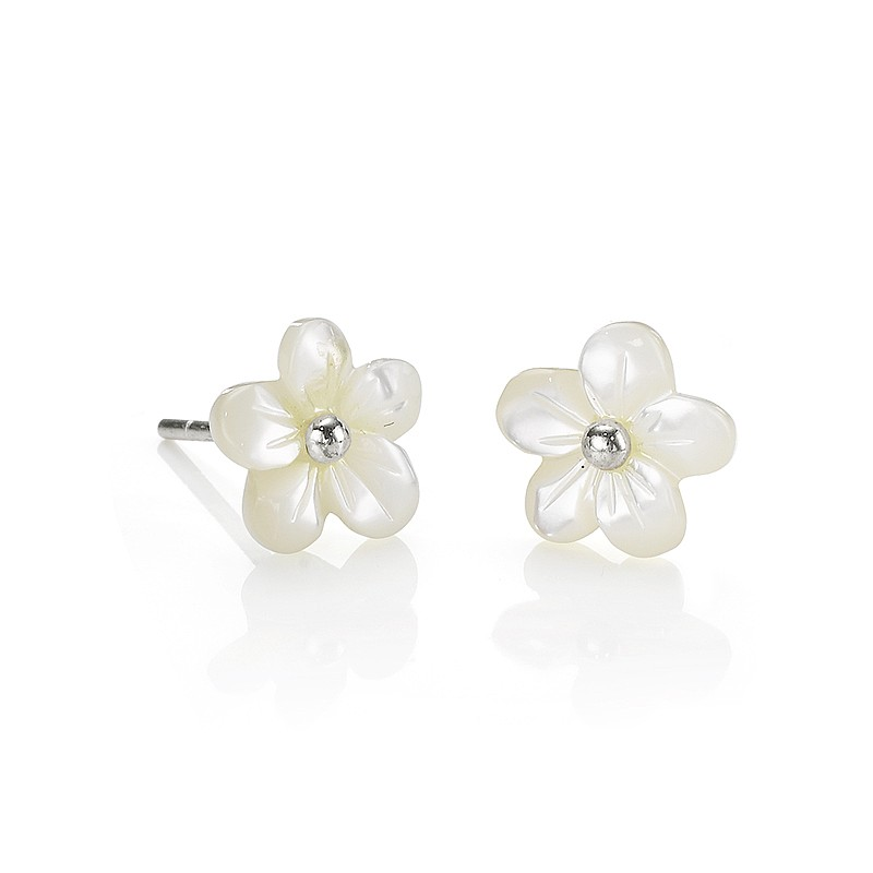 Mother-of-Pearl Flower Stud Earrings