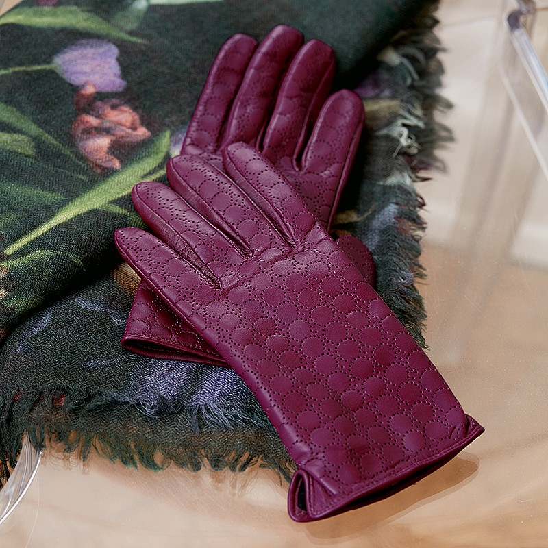 Very Berry Leather Gloves