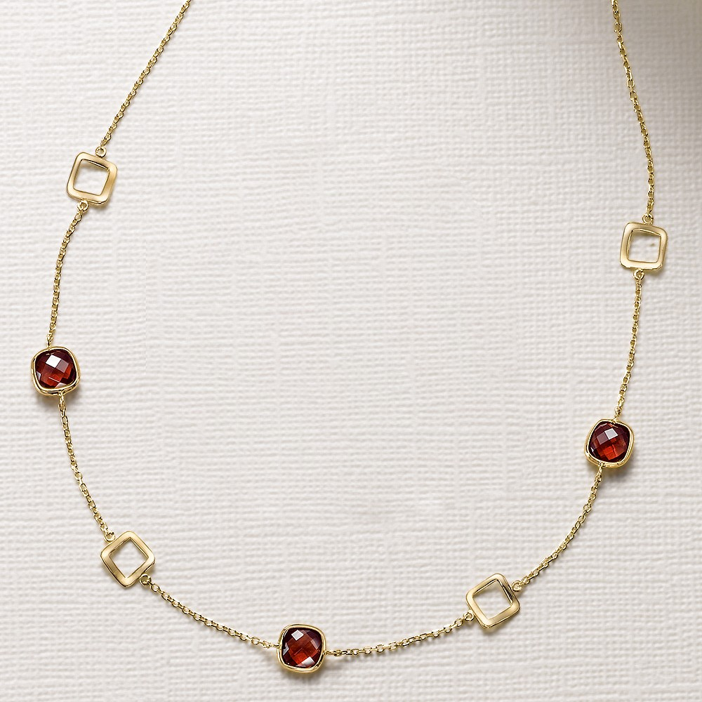 Garnet Glory 9ct Gold Necklace