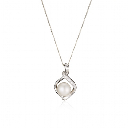 Sparkling Pearl Pendant