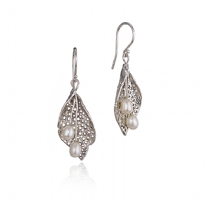 Pearl Droplet Earrings