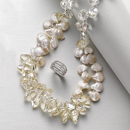 Gigi Pearl Necklace