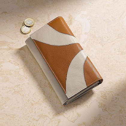 Sandstone Leather Purse