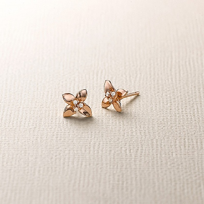 Fortune's Flower Stud Earrings