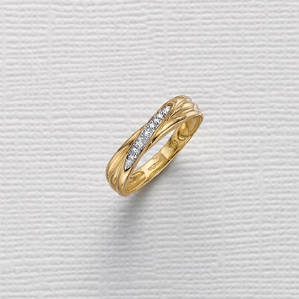 Destiny Diamond & Gold Ring